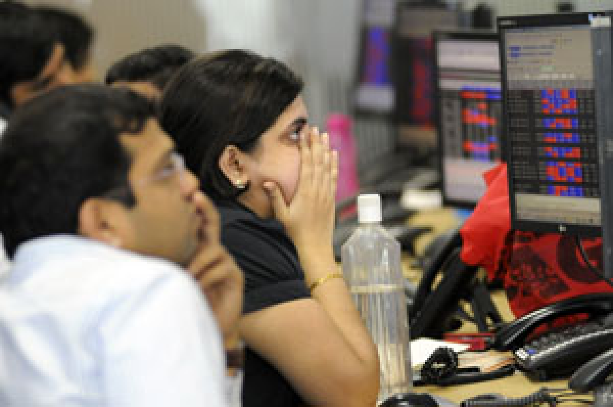 Markets close in red: Sensex plunges 882 points, Nifty tanks 258 points over rise in COVID cases, uncertainty over lockdown