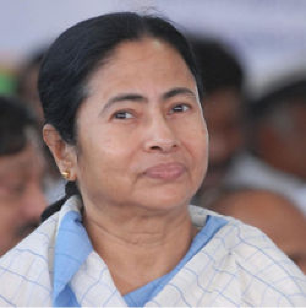 Mamata dares KLO to kill her,  says violence won't be tolerated