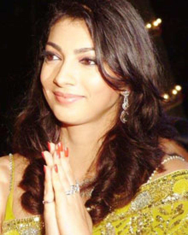 Yukta, husband seek quashing of cases against each other