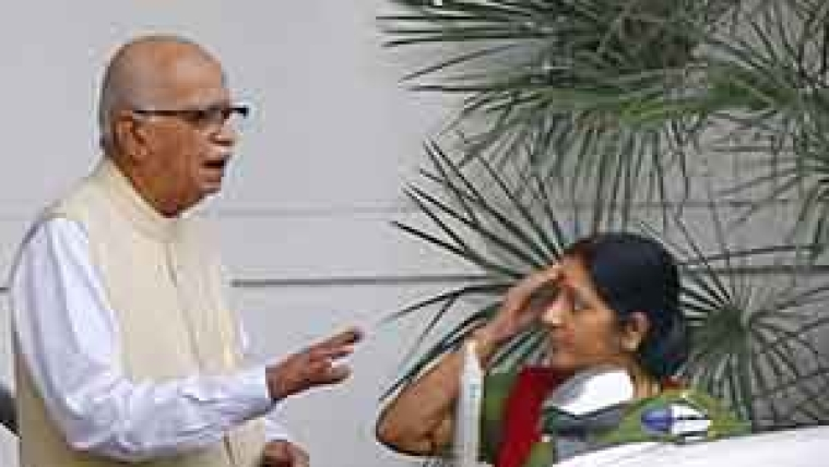 BJP leaders Advani and Sushma Swaraj in talk