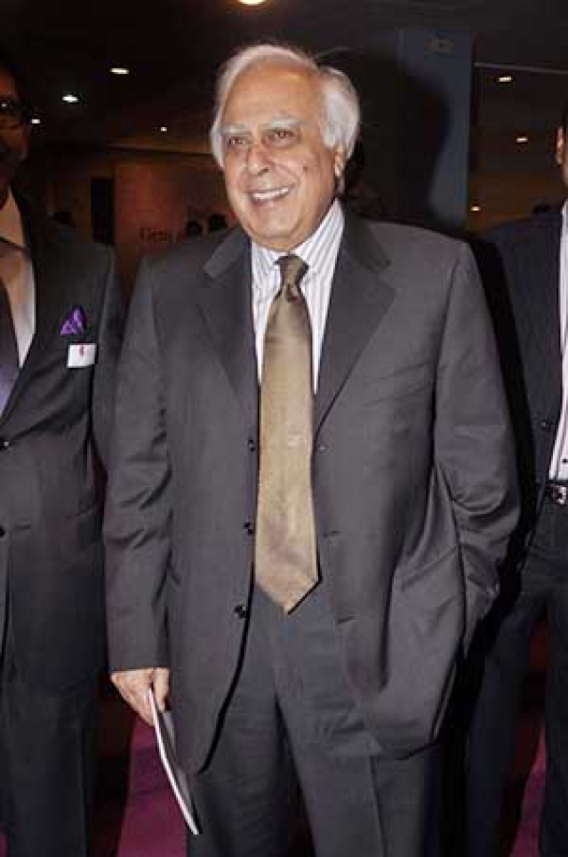 Kapil Sibal's poetic inspirations in Bollywood