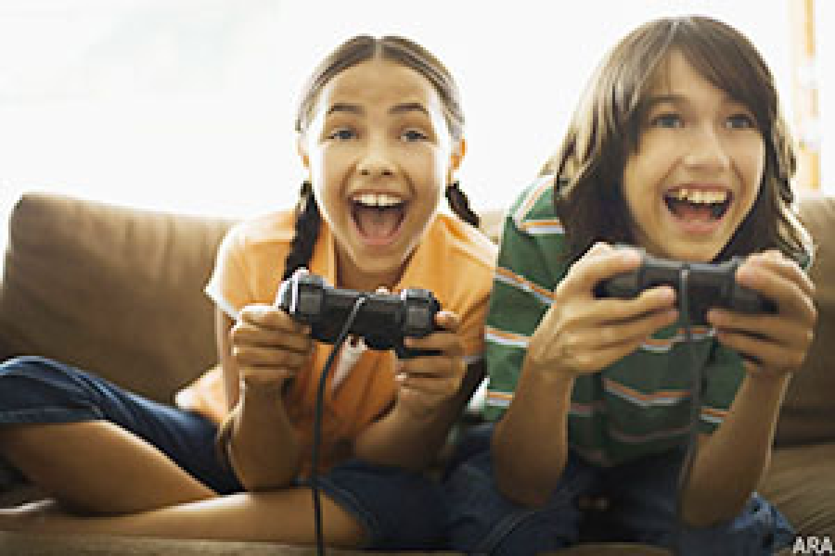 Video gamers learn visual tasks more quickly