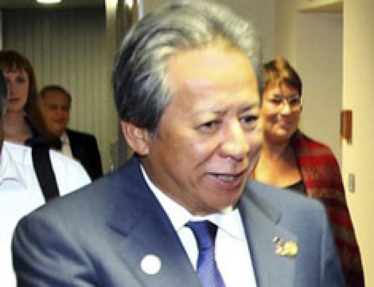 Malaysia summons Singapore envoy over spying claim