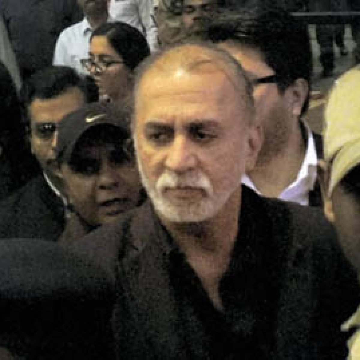 Tarun Tejpal's lawyers grill victim for 3rd consecutive day