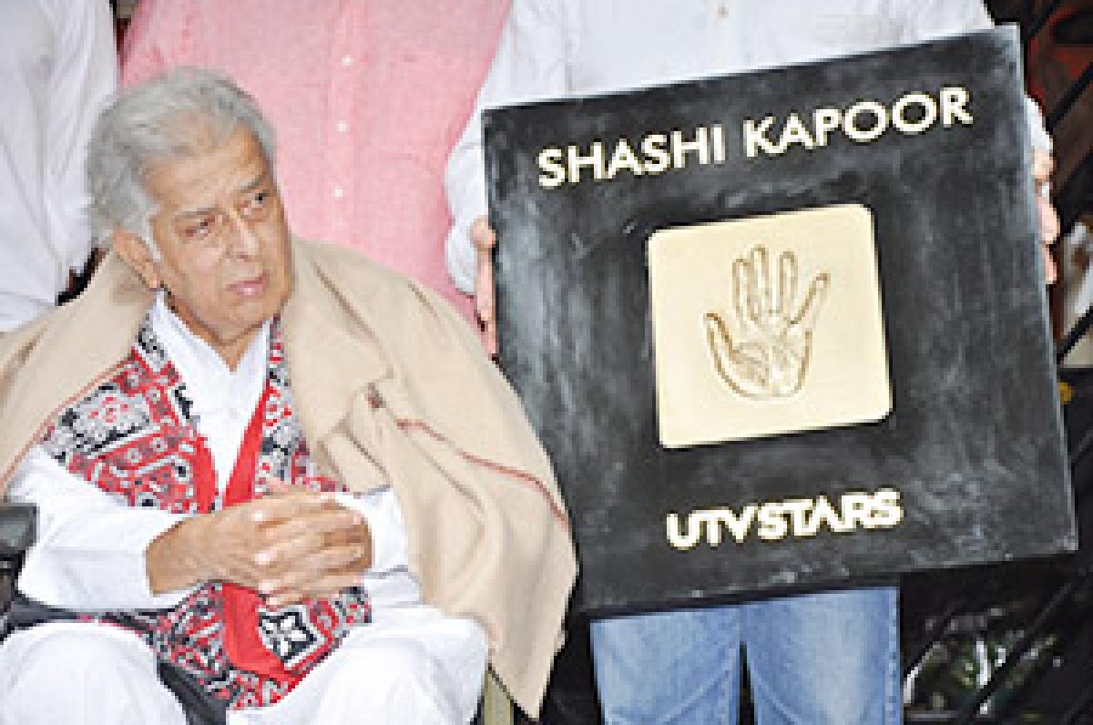 Shashi Kapoor's handprint tile unveiled