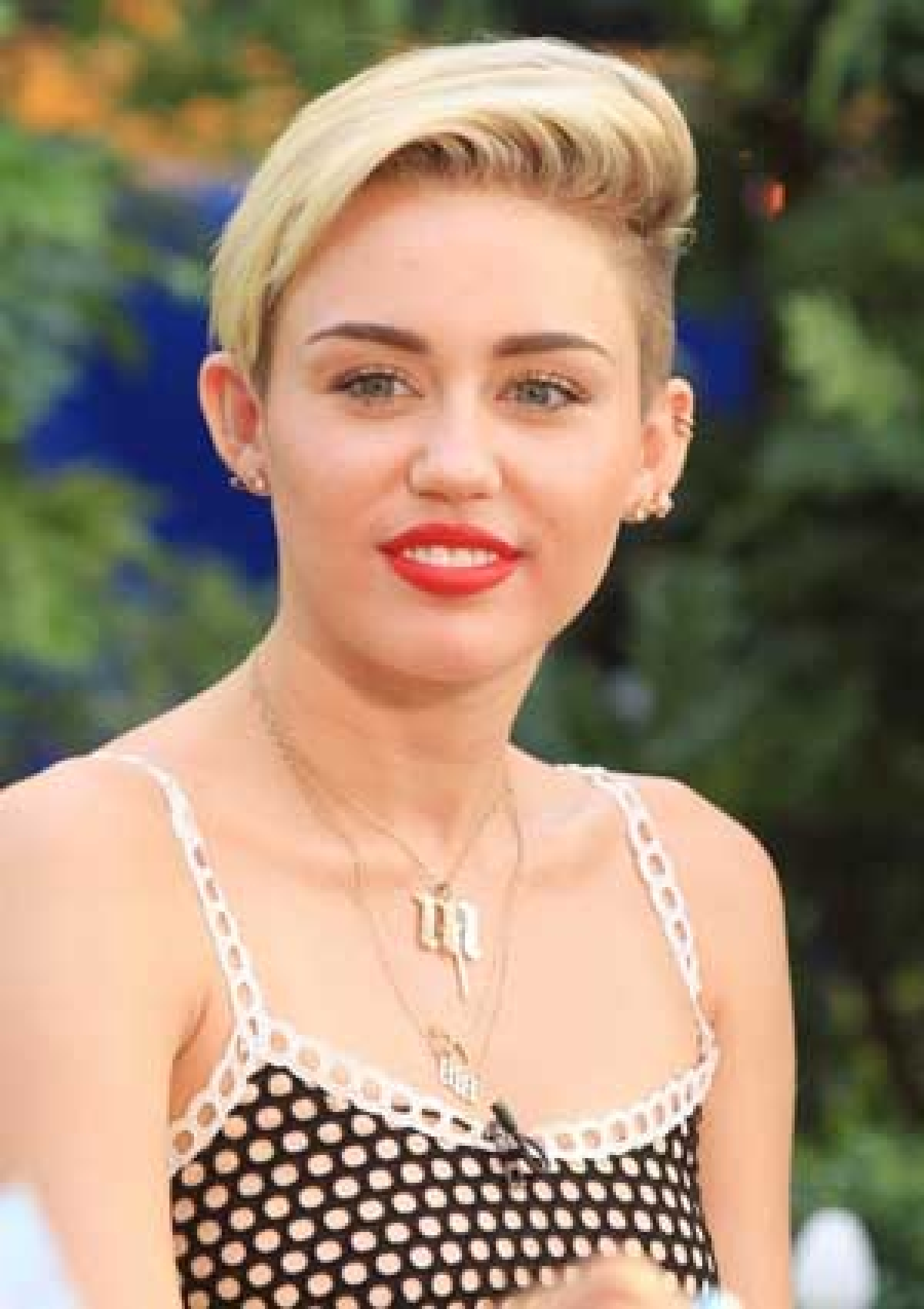 Miley Cyrus, Bieber, named  least influential celebs