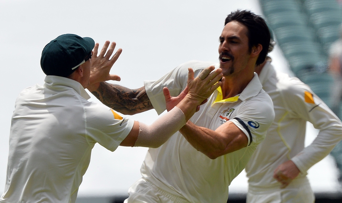 England not scared of  Johnson, says Flower