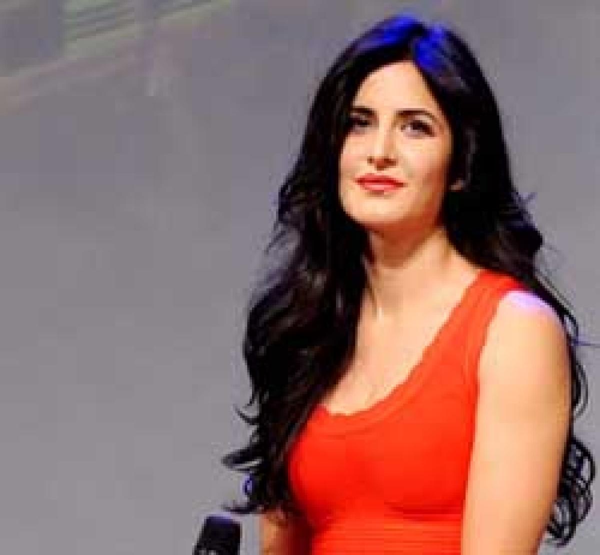 Will dance on 'Besharam' song at Ranbir's wedding: Katrina