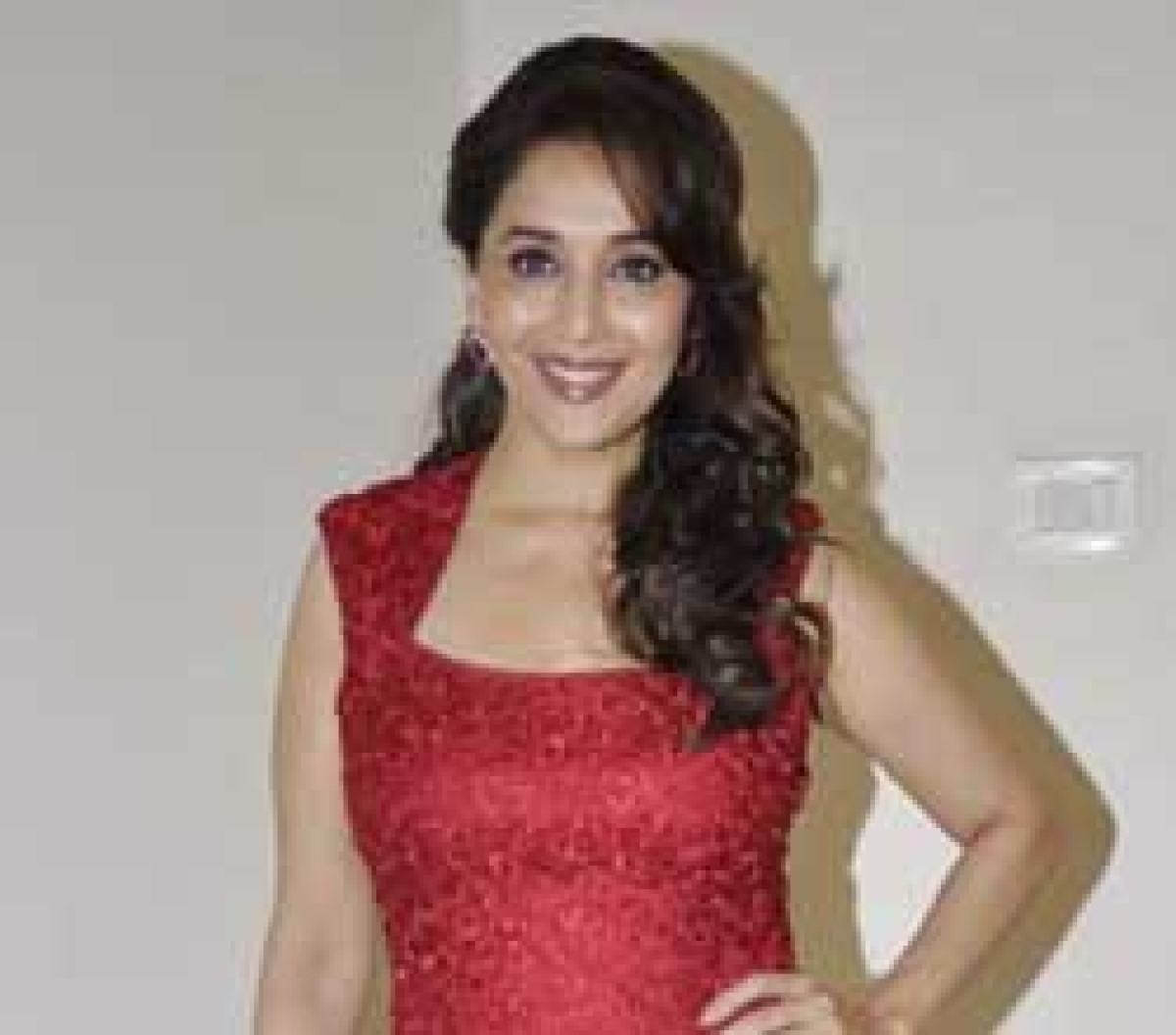 Madhuri clarifies that Dedh Ishqiya doesn't have a 'mujra' number