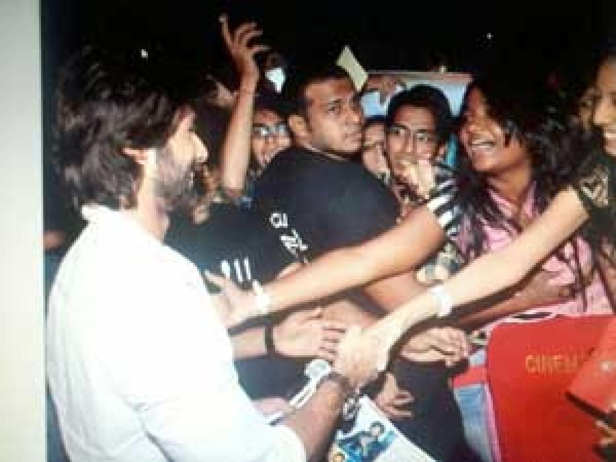 Shahid Kapoor's bouncer 'molests his fan'