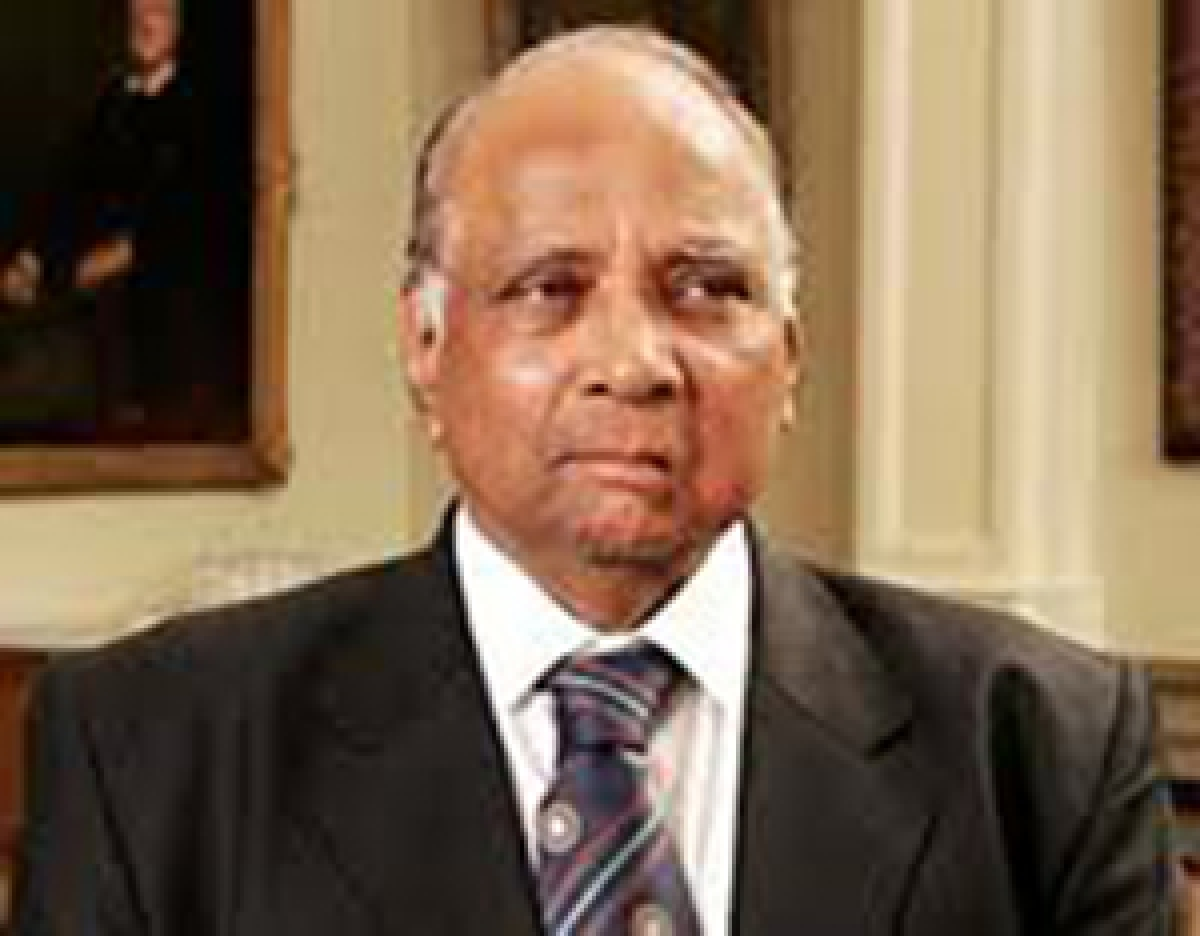 Pawar backs demand for CBI probe into Munde's death