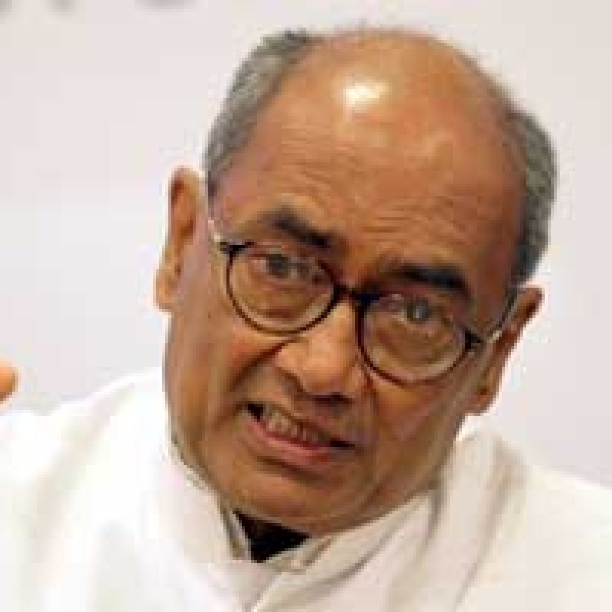 Bhopal: Digvijay asks when demolition perpetrators will be punished