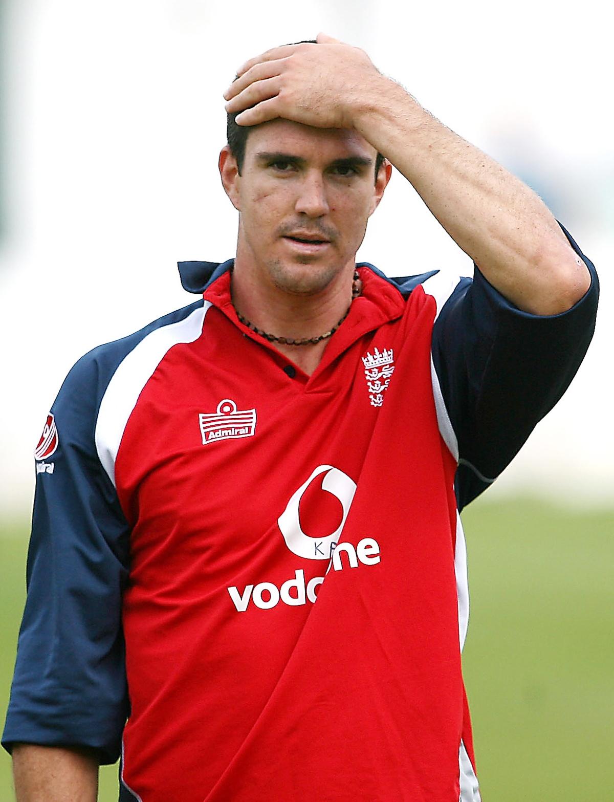 Vaughan slams ECB 'charges' against 'explosive' Pietersen