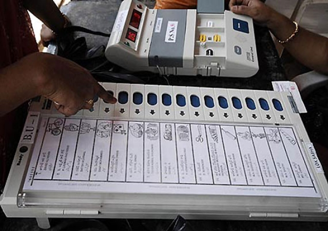 Delhi voting shatters record of past three decades: EC