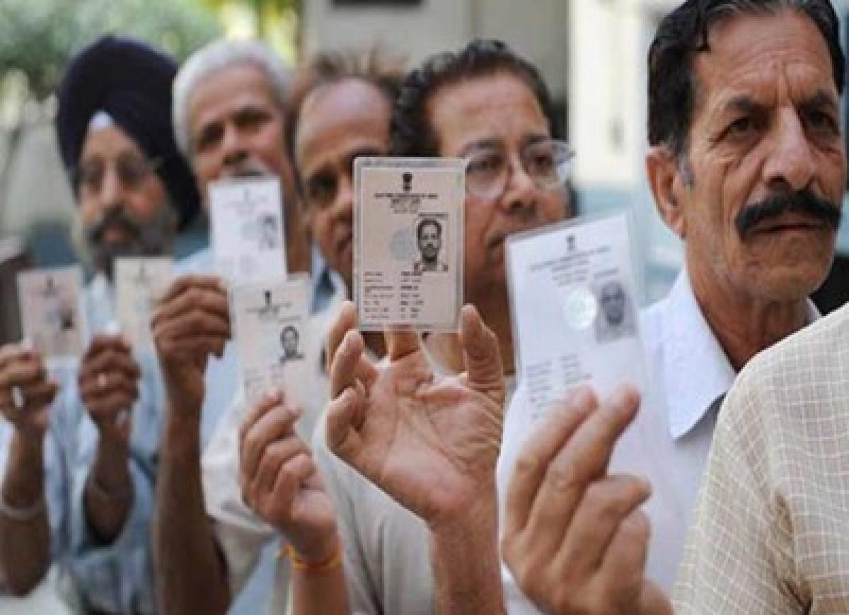 Maharashtra polls: Parties take social media route to woo voters