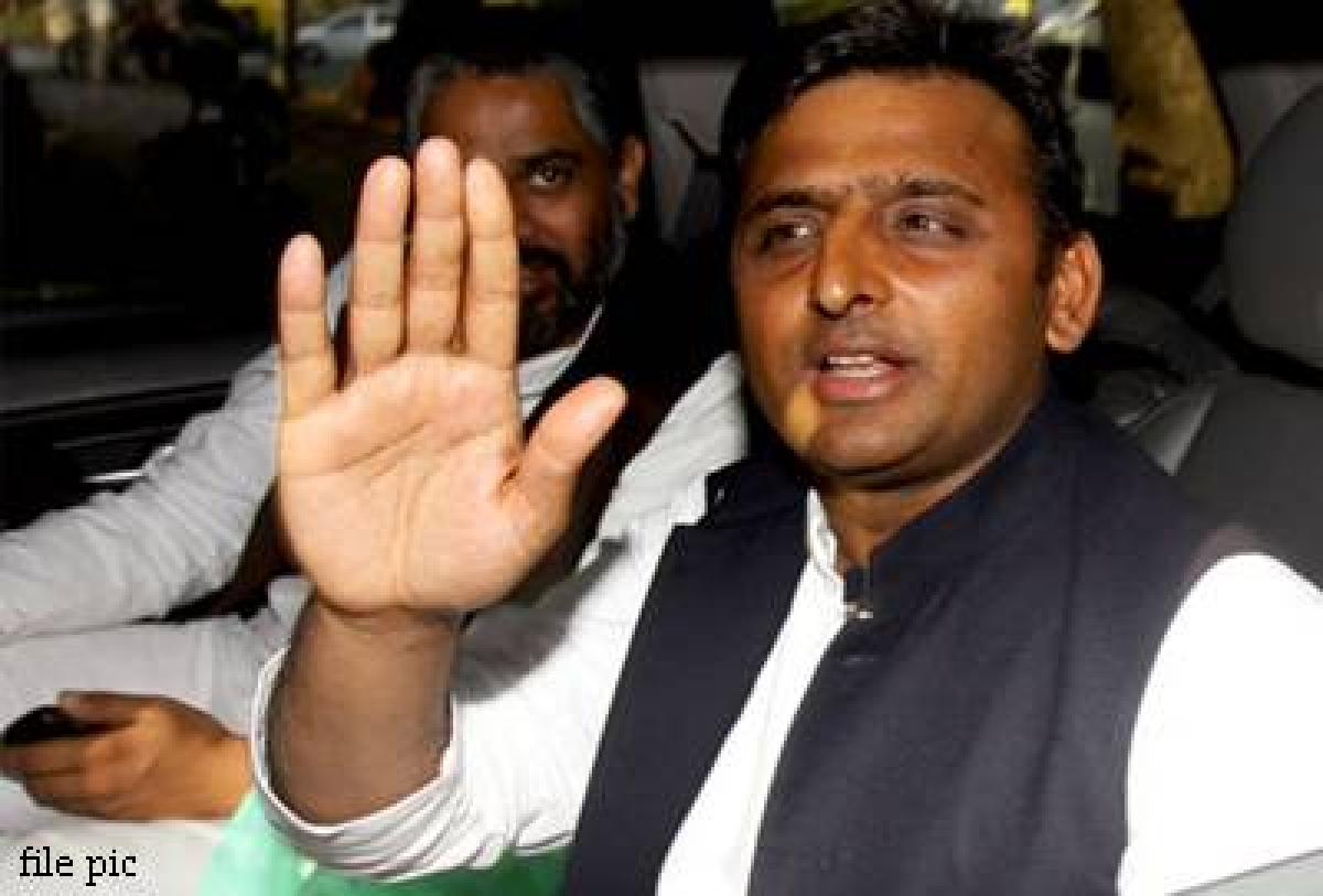 BJP indulging into politics on religious lines: Akhilesh