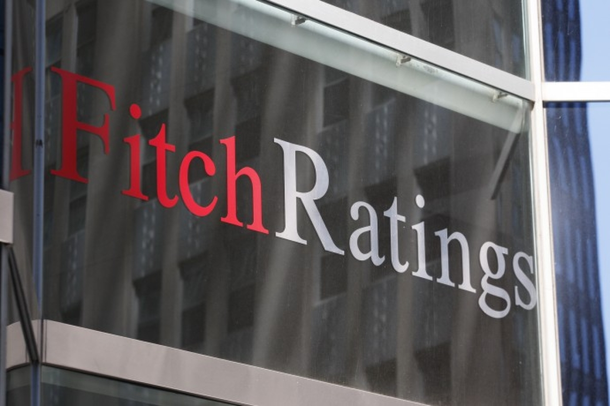 Oil cos to benefit from low rates, price deregulation: Fitch
