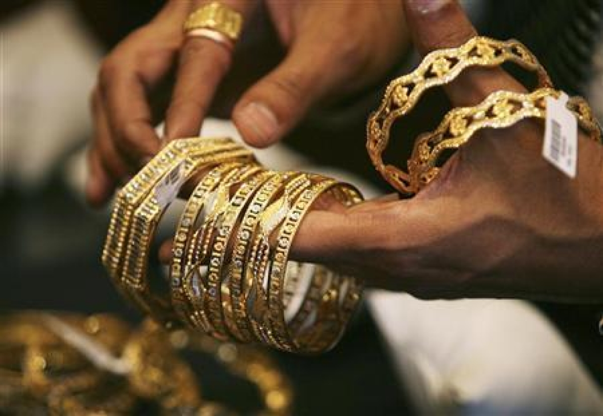 Gold, silver rebound on firm global cues, jewellers buying