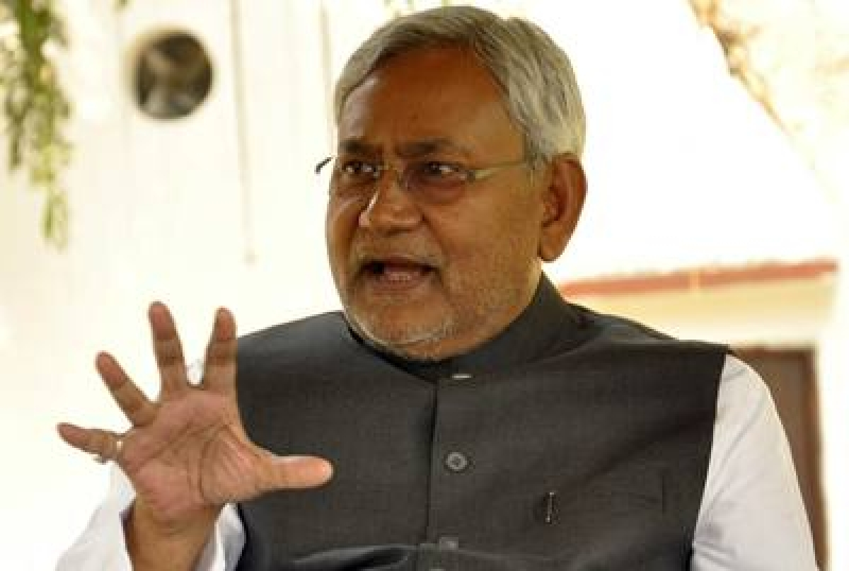 Bullet train not feasible in India: Nitish