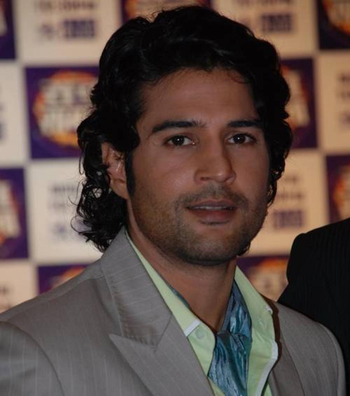 Intimate scenes in 'Fever' not forced: Rajeev Khandelwal