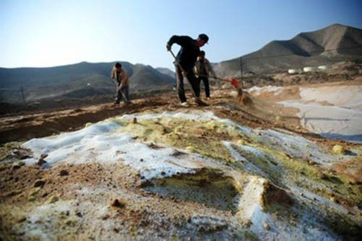 Over 16 percent of Chinese soil is polluted