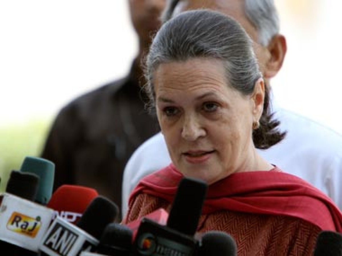 Notice in National Herald case a political witch-hunt: Sonia