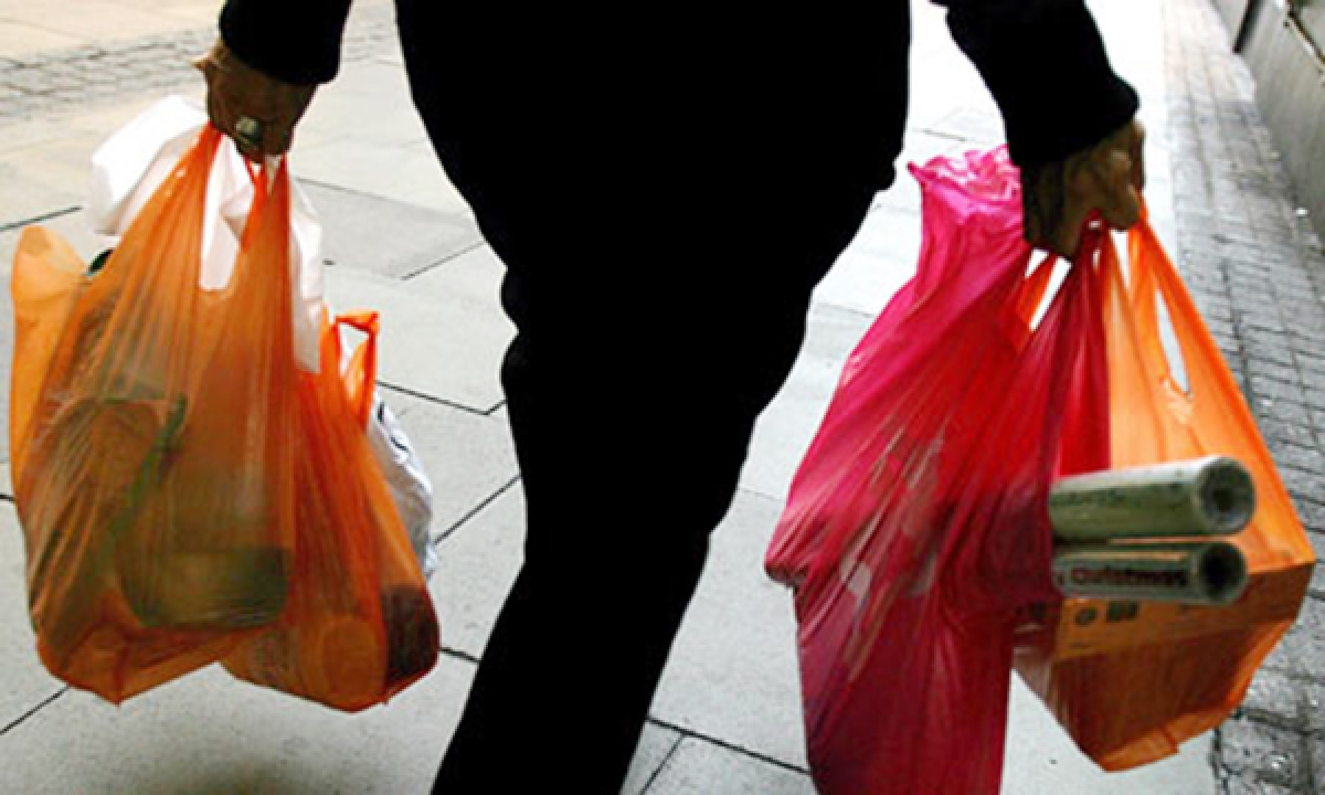 Indore: To stop single plastic use, Cloth bag banks inaugurated in 2 vegetable markets