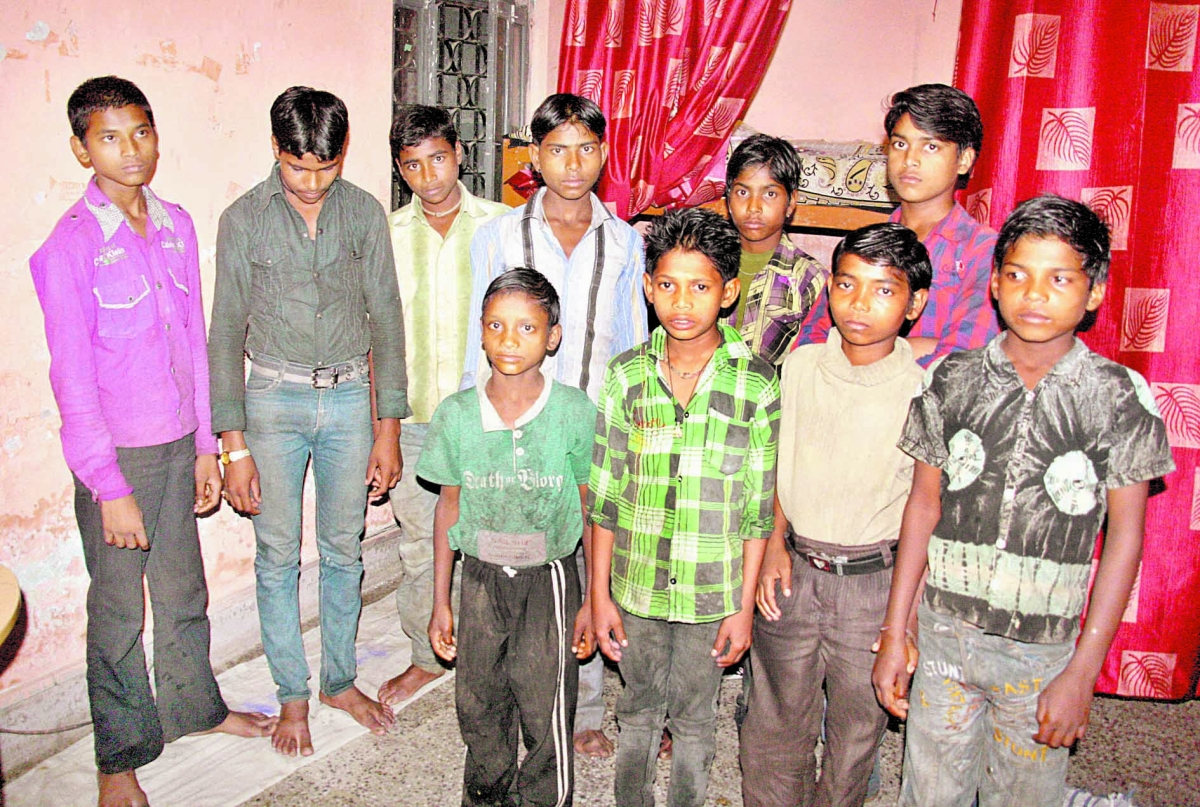 10 child labourers rescued frome dhabas