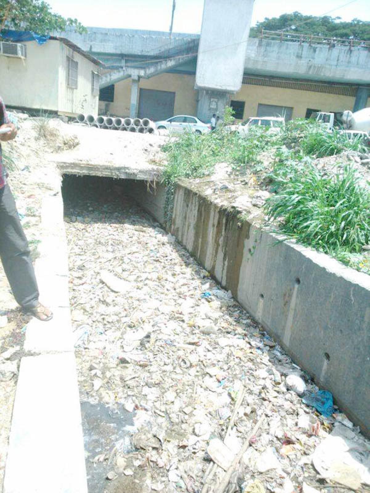 Bhopal: Chocked nullah posing health threat to ashram inmates