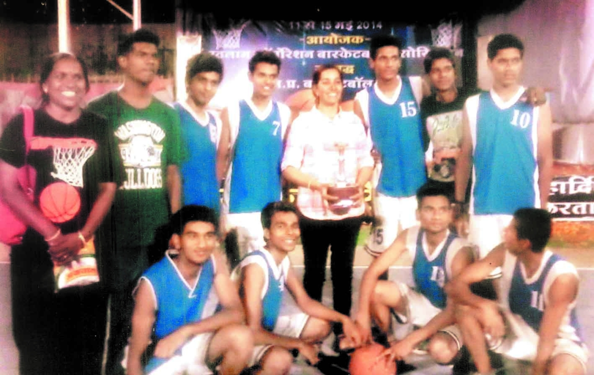 City basketball  team secures  second position