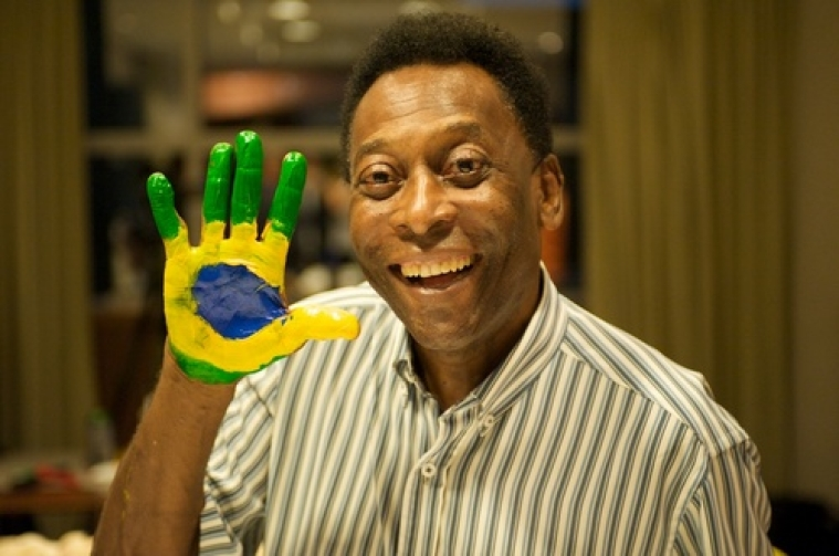 Pele backs Brazil to rise above all problems and put on `fantastic