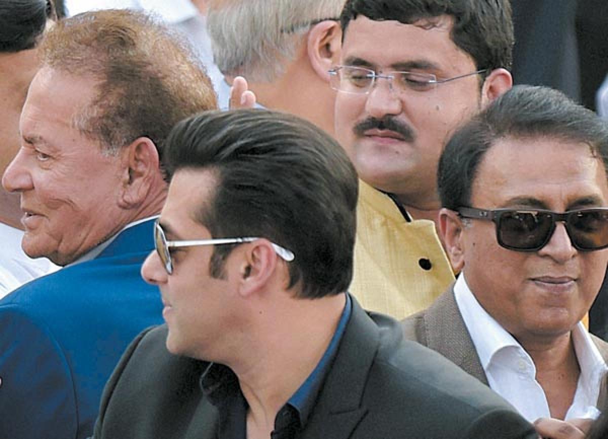 HEADY MIX: Actor Salman Khan, his father Salim Khan and cricket legend Sunil Gavaskar savouring the moment.