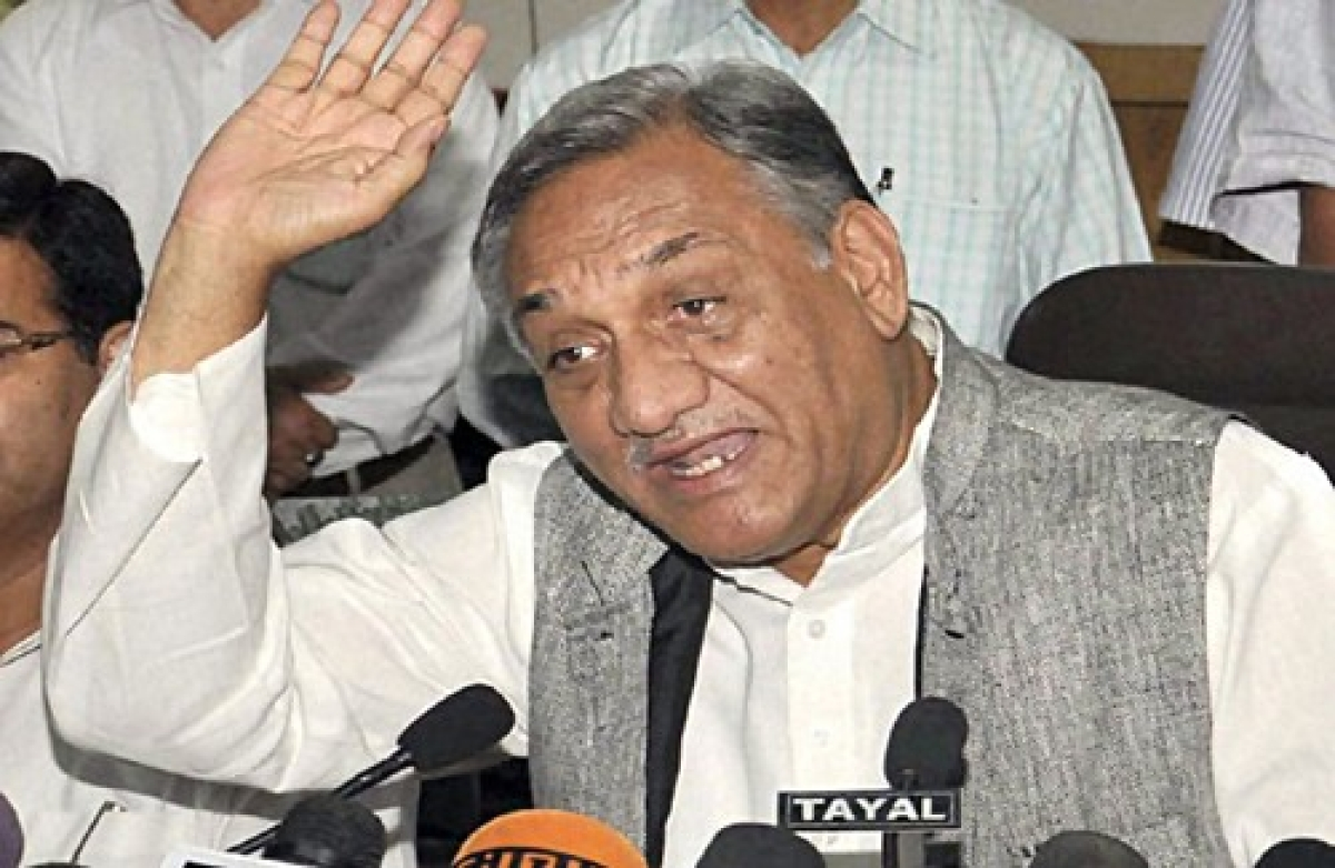 Vijay Bahuguna demands inquiry and action on U'khand flood scam