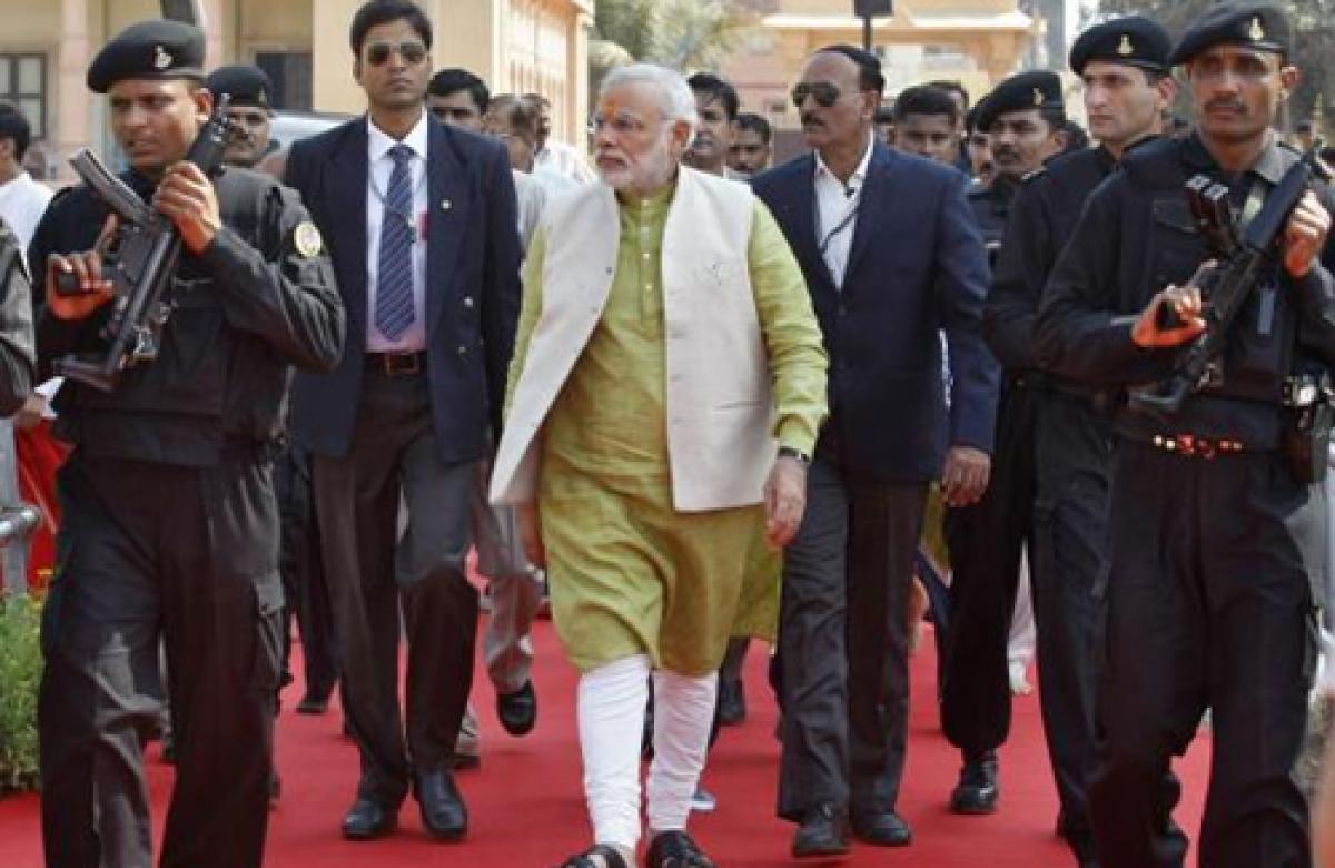 Narendra Modi arrives at Rashtrapati Bhavan
