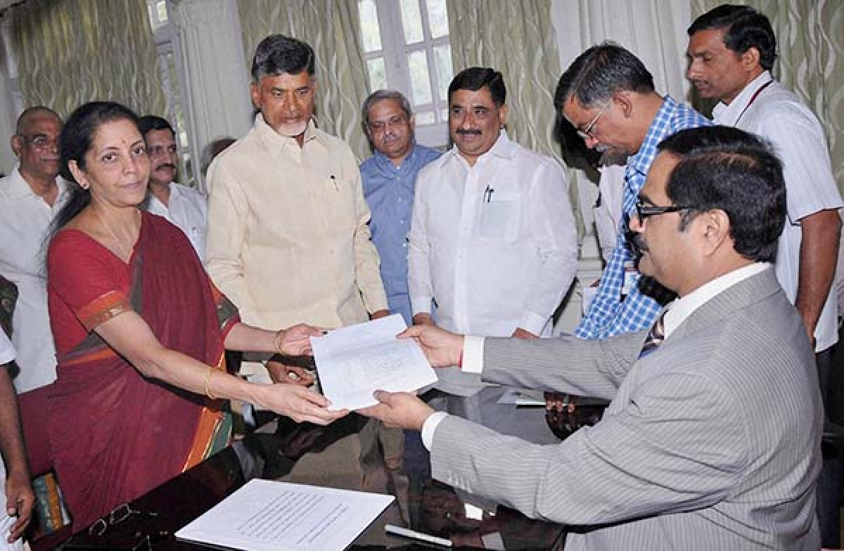 Sitharaman files  nomination for  RS from Andhra
