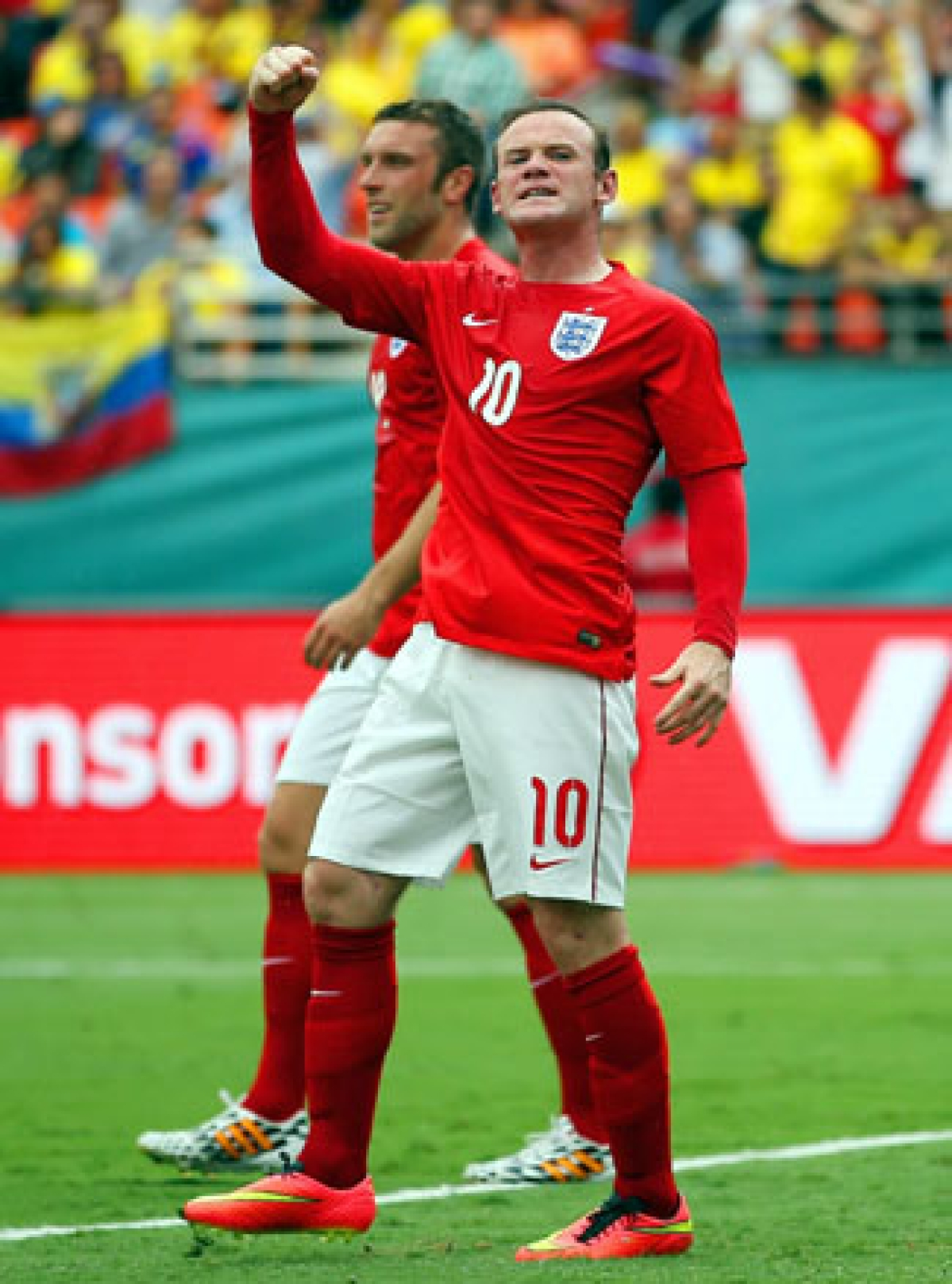 Rooney ends goal drought as England, Ecuador draw