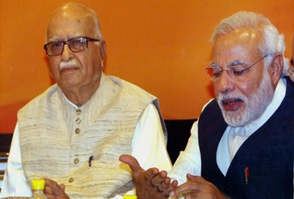 PM Modi, Advani take oath as 16th Lok Sabha members