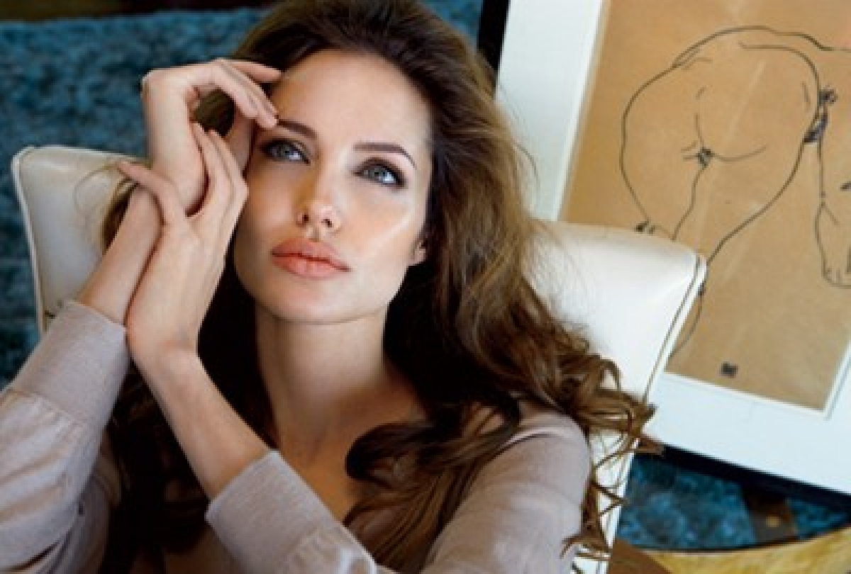 Angelina Jolie admits finds basic spaghetti cooking difficult