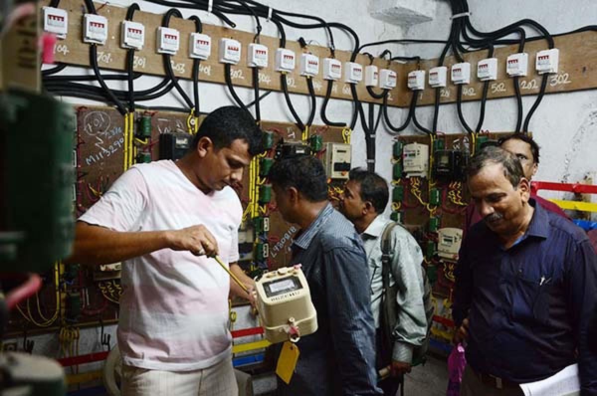 Maharashtra: MahaGenco sets a new record with 10,445 mw generation during evening peak hours