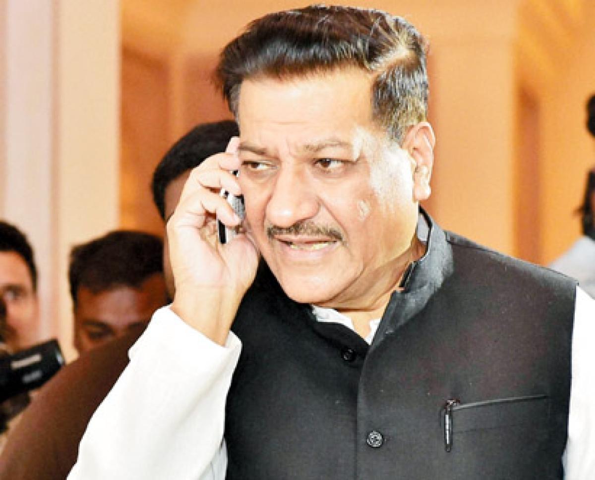 On tenterhooks, CM seeks relief in Delhi