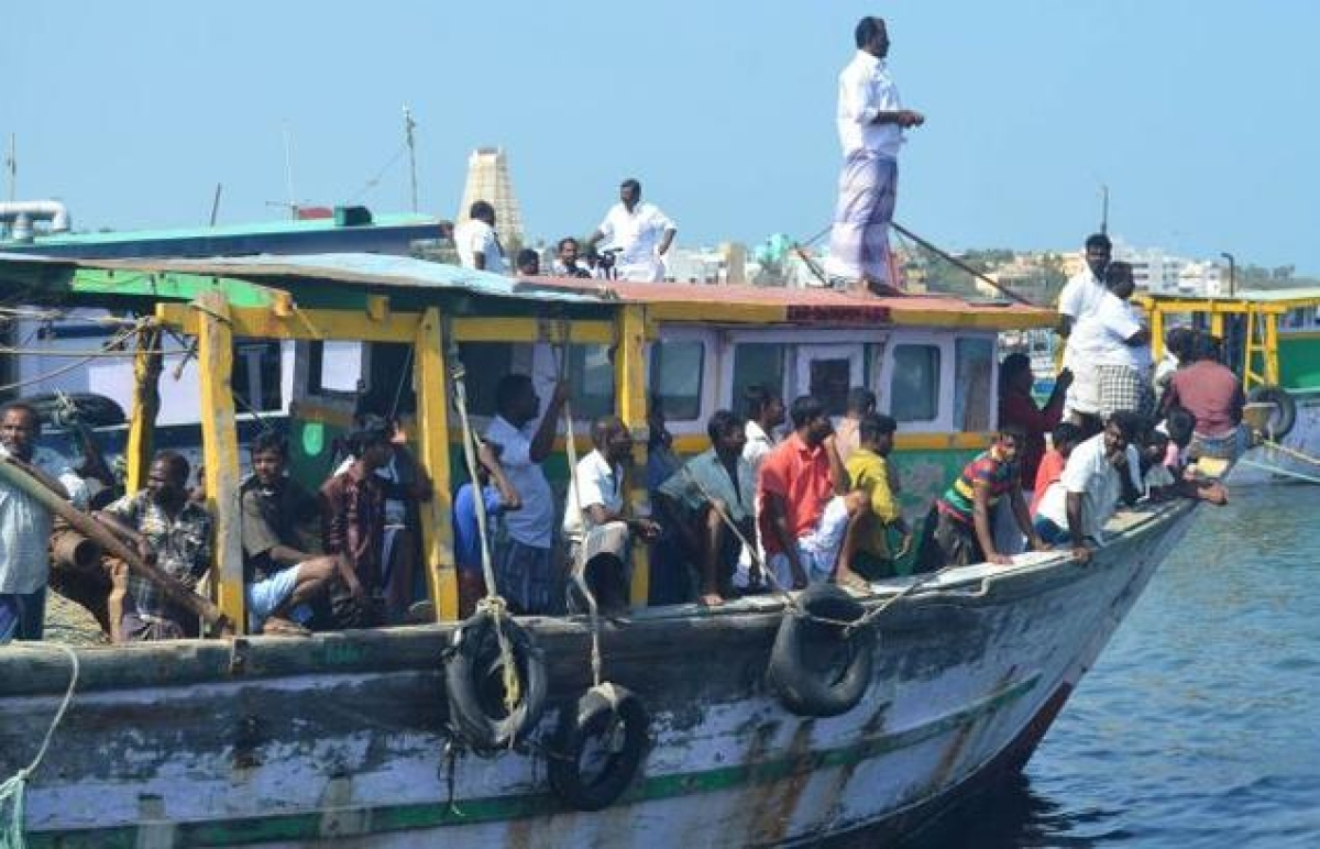 Sri Lankan Navy snaps fishing nets of Tamil Nadu fishermen