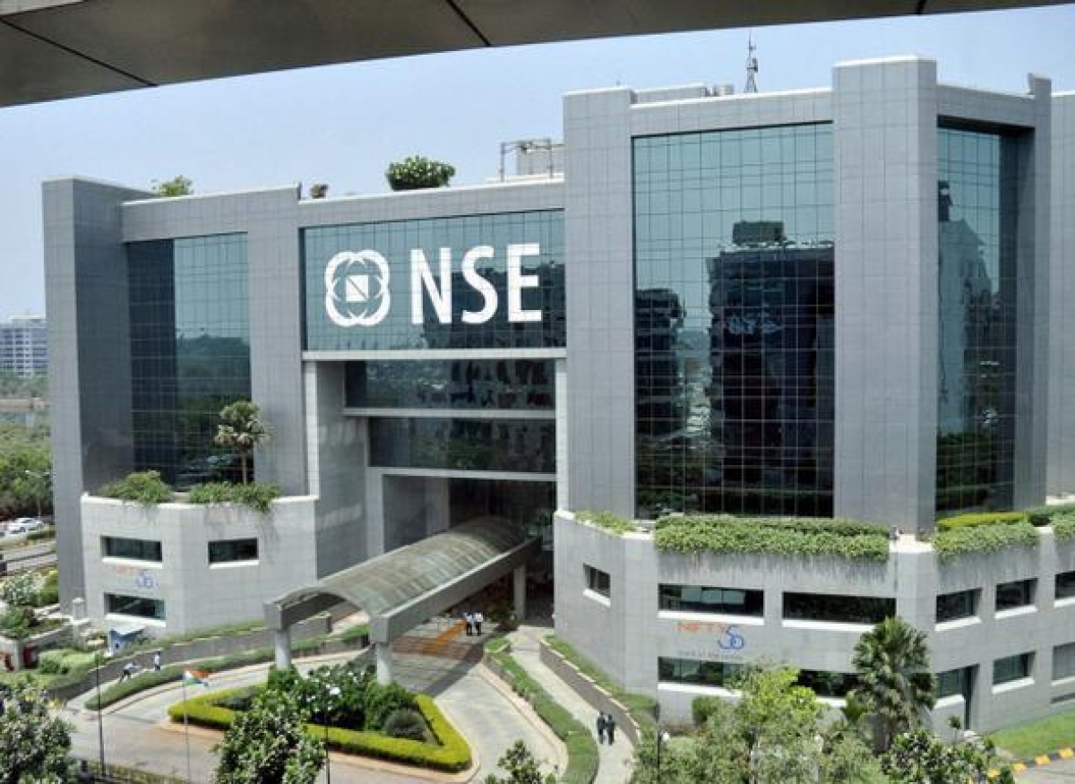Markets end mixed in lacklustre trade; Nifty drops 1% for the week with  downside risk in near-term