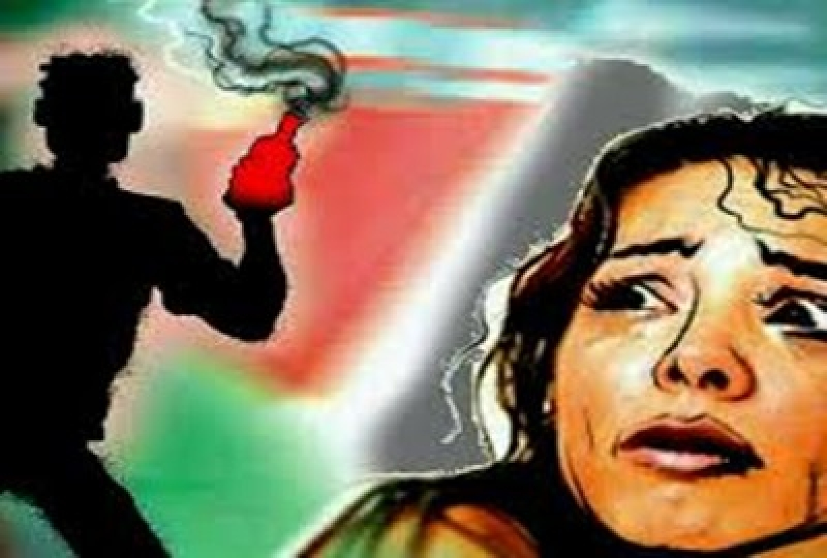 Bankura acid attack: Women activists demand stern action