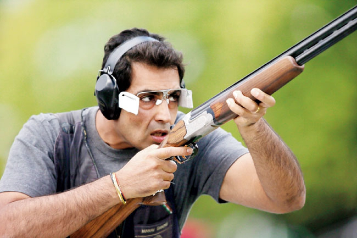 CWG: Indian shooter Manavjit Singh wins bronze in the Men's Trap