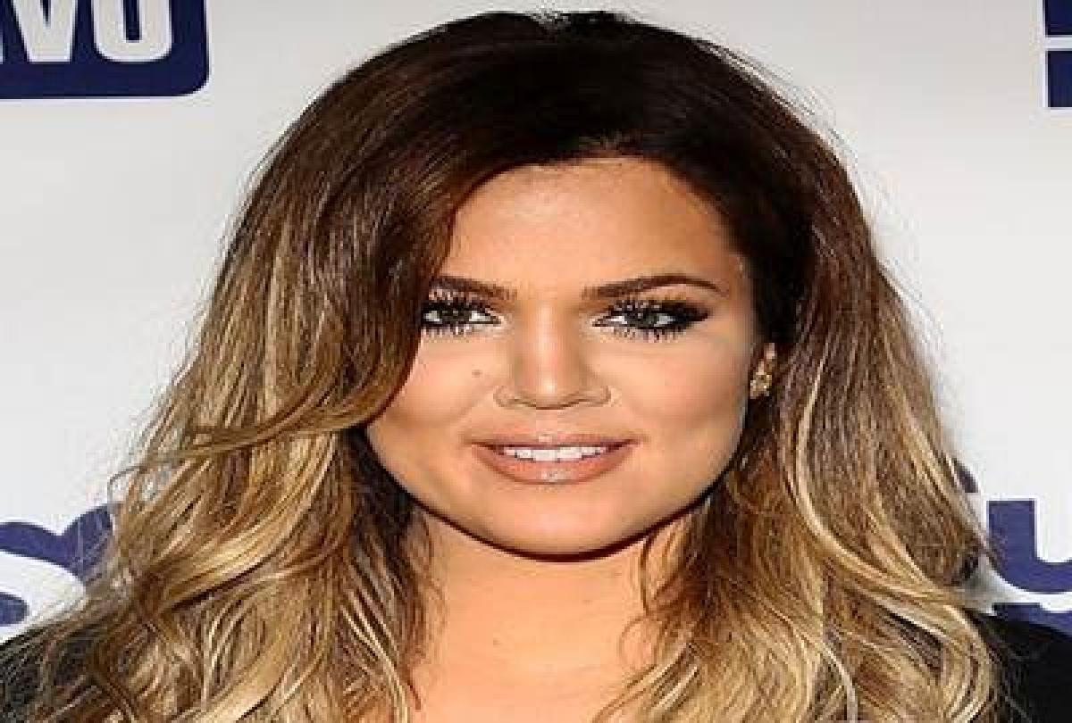 Khloe Kardashian 'consoling' Lamar Odom