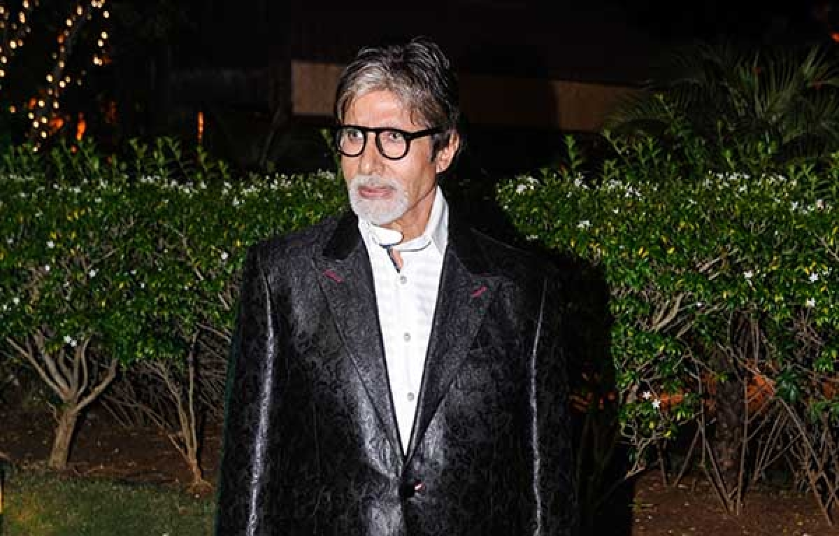 BIG B causes Twitter  confusion