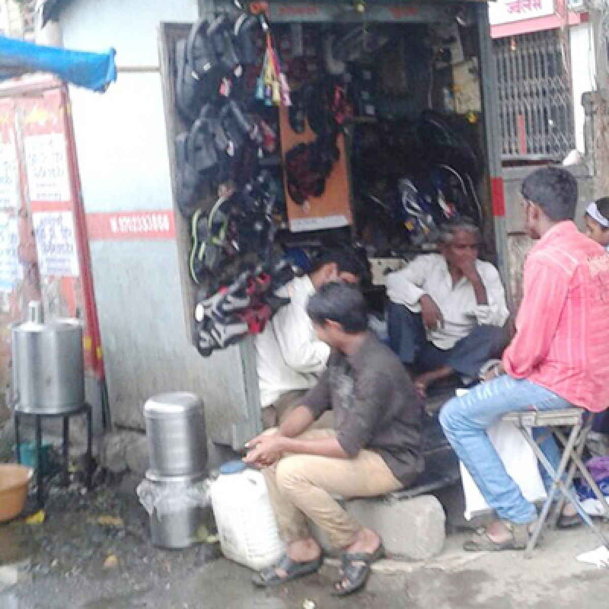 Karnataka govt announces financial aid to over 11k cobbler families