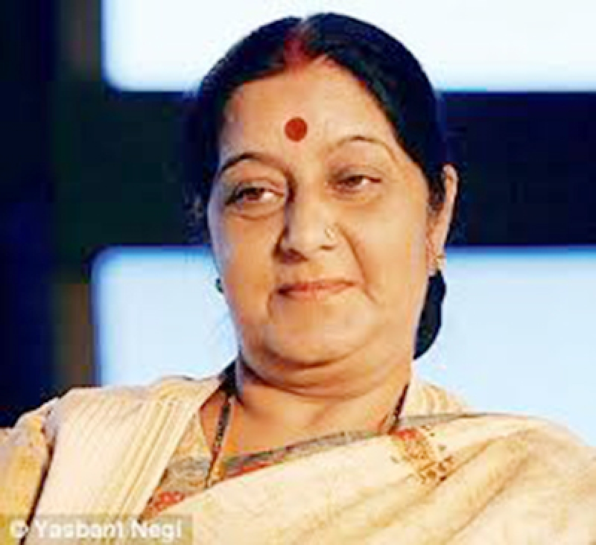 Sushma chairs session with envoys