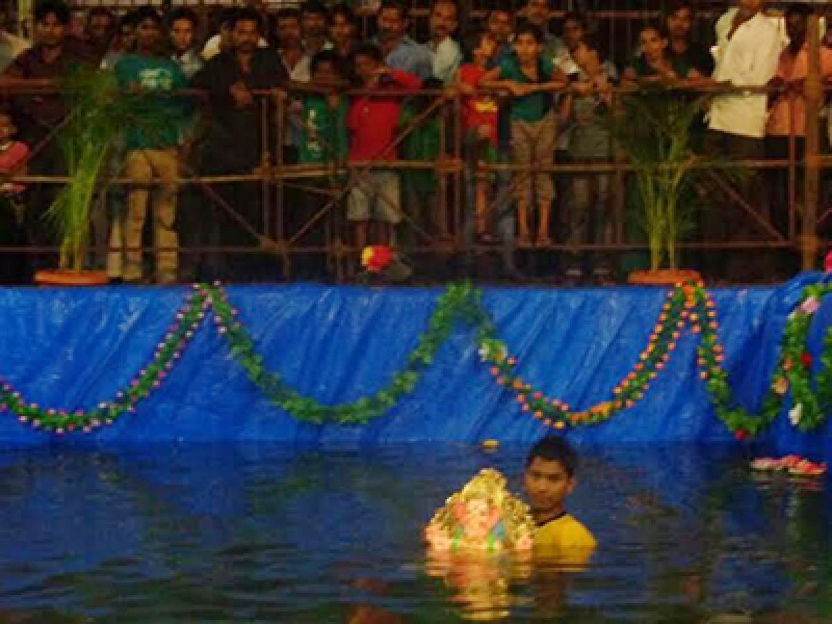 The artificial pond where hundreds of Ganpati idols were immersed last year in Mira Bhayandar
