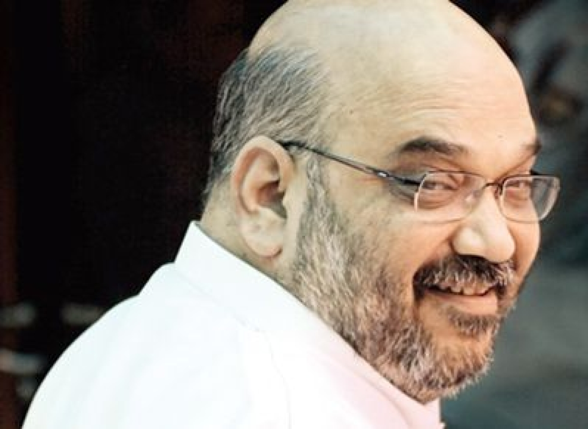 Fadnavis banks on Amit Shah for poll victory